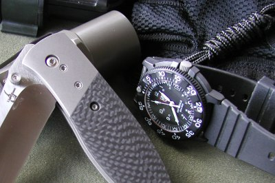 luminox_01.jpg (33701 bytes)